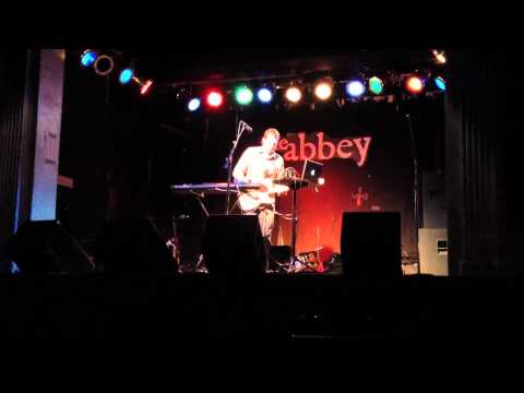 James Collin - A Thousand Feet Per Second (live)