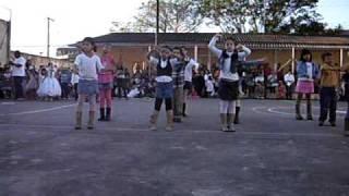 Ana Dançando ETC E TAL Sandy E Junior