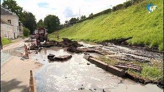 Ночью произошел разрыв магистрального водопровода на улице Федоровский Ручей