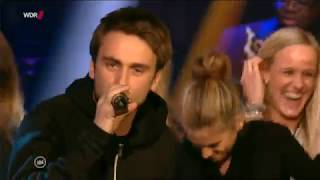 Jan Delay Feat. Clueso   Sie Kann Nicht Tanzen (LIVE) (Offizielles Video)