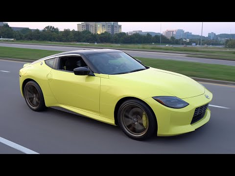 The 2023 Nissan Z Spotted on Public Streets! [First in World]