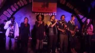 Video Confessions Roots - Propaganda Bar - Hear me when I call - 27/04