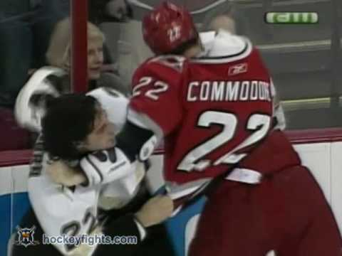 Mike Commodore vs. Chris Thorburn