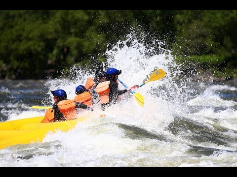 Red Bull Racing and Toro Rosso racers take to white water rafting in Montreal.