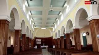 preview picture of video 'Eglise de  Trois Bassins [ILE DE LA REUNION]'