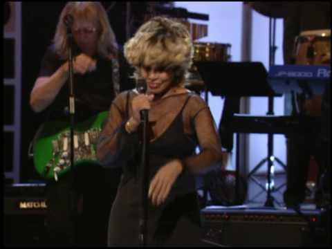 Tina Turner & Elton John - The Bitch Is Back (Live)