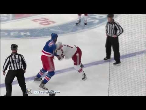Michael Rupp vs. Paul Bissonnette