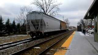 preview picture of video 'CN Oil train through Lapeer'