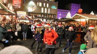 preview picture of video 'Dance at the Christmas Market in Halle (Saale)'