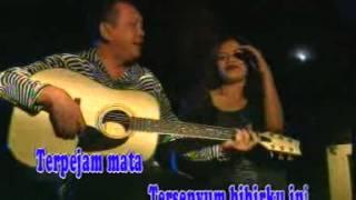 Download lagu Rinto Harahap Seindah Rembulan Mp3