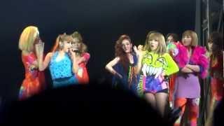"""2NE1 WORLD TOUR - """"LET'S GO PARTY""""(Live)"""