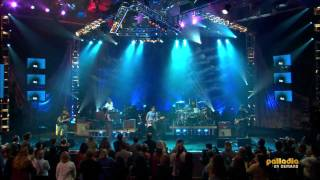 Alanis Morissette - Uninvited (Live from Soundstage) (HD)