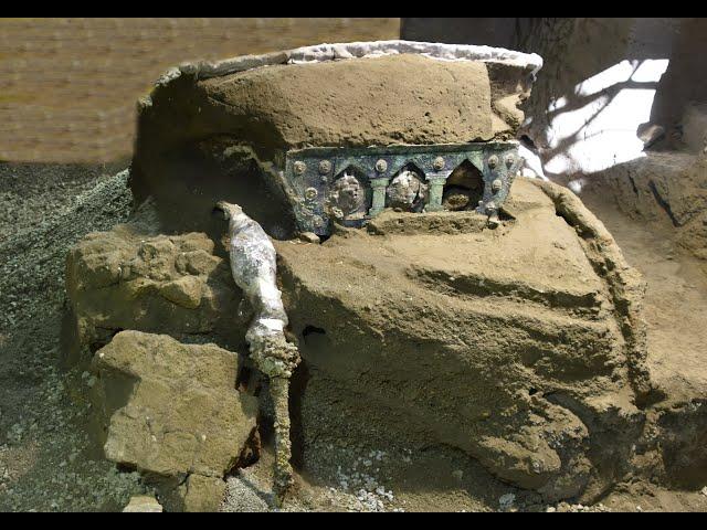 В окрестностях Помпей нашли прекрасно сохранившуюся древнеримскую колесницу