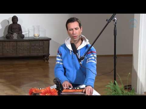 Sundaram - Interview über Yoga und Mantren