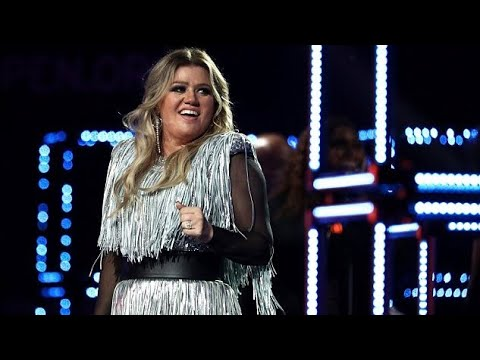 Download Kelly Clarkson at US Open 2018 (Full Performance) Mp4 HD Video and MP3