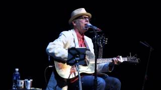"John Hiatt performs ""My Dog And Me"""