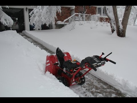 FPS Snow Thrower (Troy-Bilt Storm 2410) - A Blizzard In Denver, Colorado Mp3
