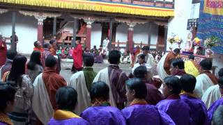 preview picture of video 'Tshechu Tashigang - Bhutan - December 2008'