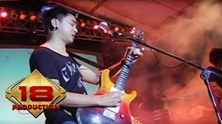 Ungu - Dia Maha Sempurna   (Live Konser Malang 28 September 2013)