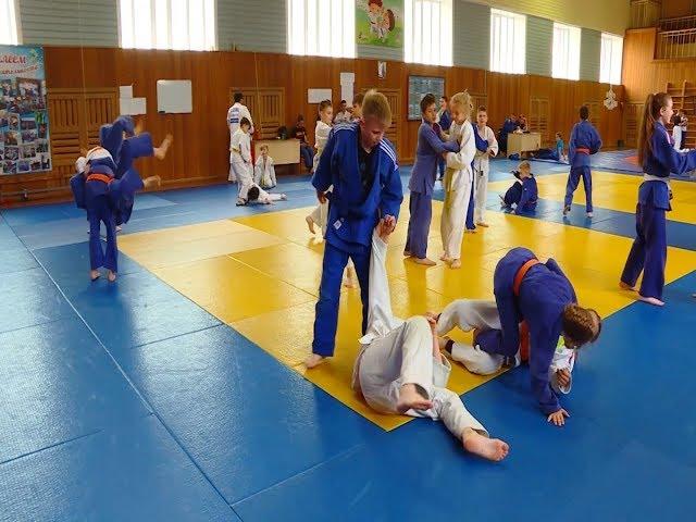 Спортсмены готовятся к межрегиональному турниру по дзюдо