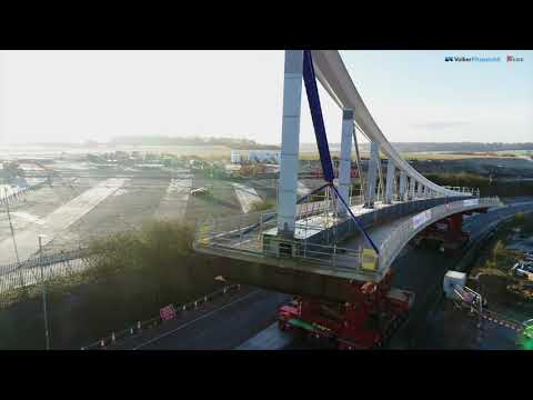 Luton Dart bridge installation