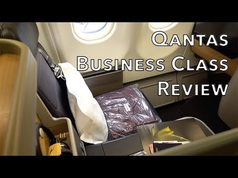 Qantas Business Class Review (A330/787 seat) SIN-SYD