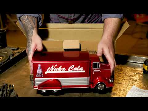 FALLOUT Nuka-Cola Delivery Truck Unboxing