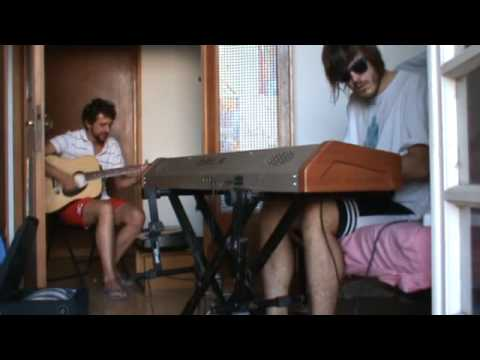"""4 Minute Warning Radiohead cover """"In Rainbows"""" disc2--- by SomethingRadiohead---guitar and synth---"""