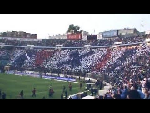 """""""Recibimiento de La Sangre Azul vs Morelia - Cuartos de Final Vuelta - Apertura 2011"""" Barra: La Sangre Azul • Club: Cruz Azul"""