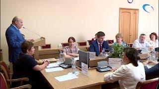 Член центризбиркома РФ Василий Лихачев ознакомился с ходом приемной кампании к сентябрьским выборам