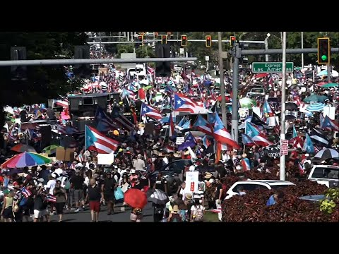 Thousands of Puerto Rican demonstrators arrived from across the island Monday for what many expected to be one of the biggest protests ever seen in the U.S. territory, with irate islanders pledging to drive Gov. Ricardo Rosselló from office. (July 22)