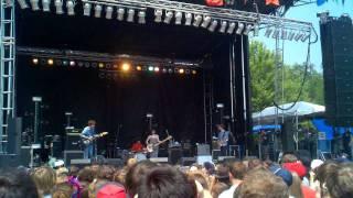 Yuck - Shook Down (Pitchfork Music Festival 2011)