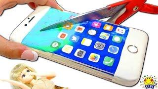 【iPhoneを...!】リカちゃんとリアルなスマホ携帯とiPhoneケースを粘土で手作りDIY★ねんどのおもちゃで遊ぼう♩たまごMammy