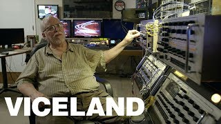 Meet the Engineer Preserving The Last Analog Motion Graphics Machine