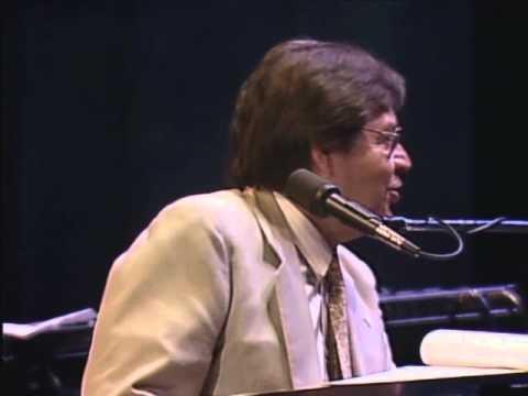 Tom Jobim - Ao VIvo em Montreal - Samba do avião