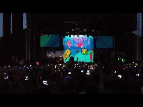 F'n Pig - Deadmau5 [HD] Live Intro Veld Music Festival Toronto