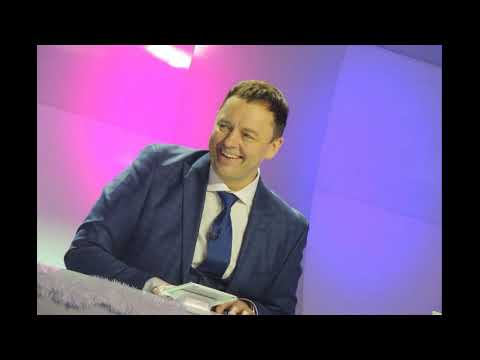 """Нетиевский не сомневается, что его товарищи из """"Уральских пельменей"""" ради популярности и денег"""