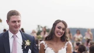 An Elevated Rustic Wedding At An Arkansas Barn | Martha Stewart Weddings