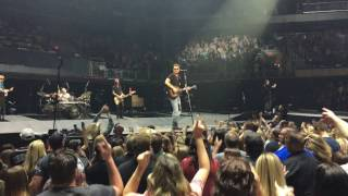 Eric Chruch - How Bout You (Live at Talking Stick Resort Arena)
