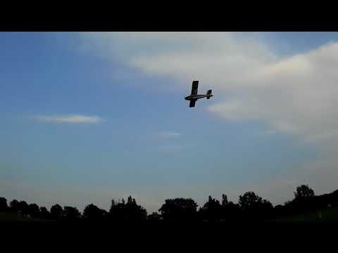 avios-grand-tundra-parachute-drop-1