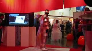 Constructive Fashion - Action