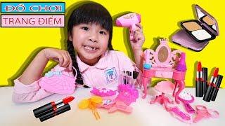 BÉ BÚN CÓ BÀN TRANG ĐIỂM ĐỒ CHƠI MỚI | Play Makeup Toys Set