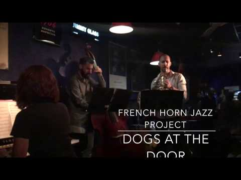 French Horn Jazz Project. Dogs at the door (P.Moltó)