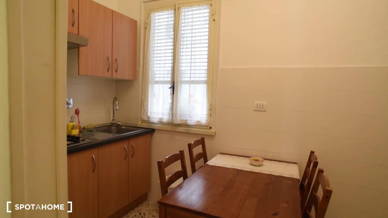 Camere in affitto nel caratteristico appartamento con 2 for Appartamento con 2 camere da letto