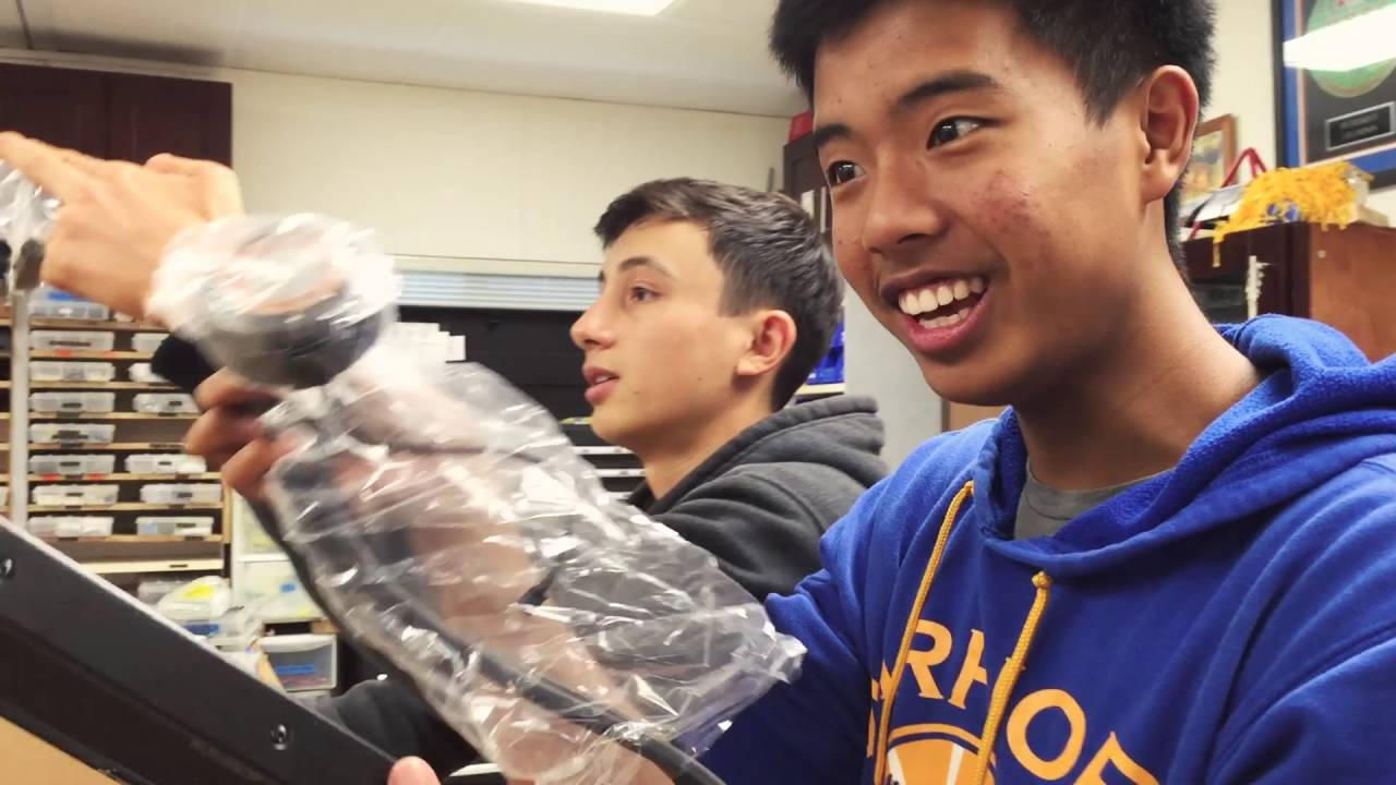 Mountain View High Receives Asetek Care Package