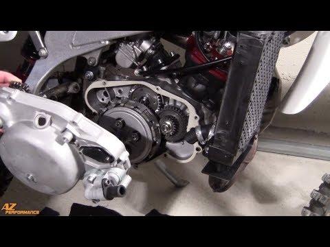 Tuto Réfection de la pompe à eau sur une moto 50cc équipée d'un moteur Minarelli AM6