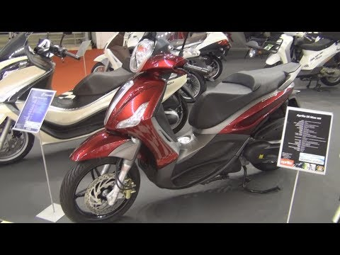 Piaggio Beverly 350 Sport Touring Exterior and Interior