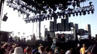 Street Sweeper Social Club - Nobody moves til we say go (live at Coachella 2010)