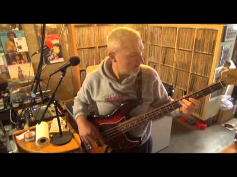 "Kool and the Gang ""Jungle Boogie"" ( Funky Bass Cover )"