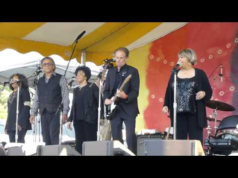Mavis Staples - The Weight 6-15-13 Clearwater Festival, Croton On Hudson, NY
